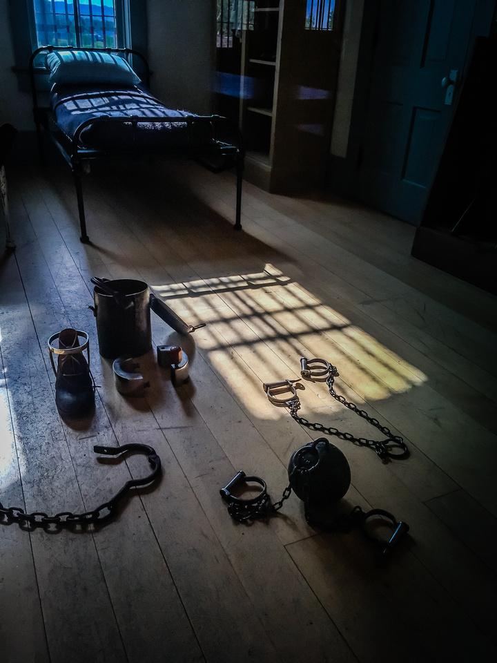 Prison-104