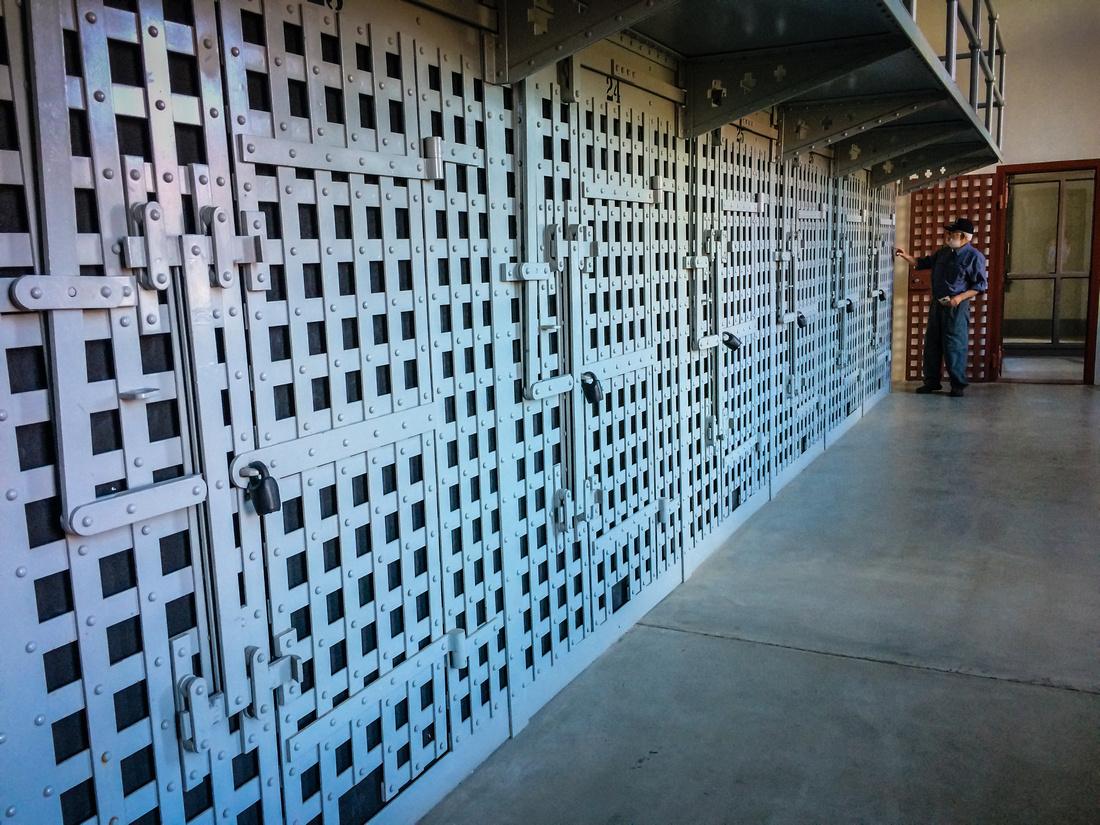 Prison-101